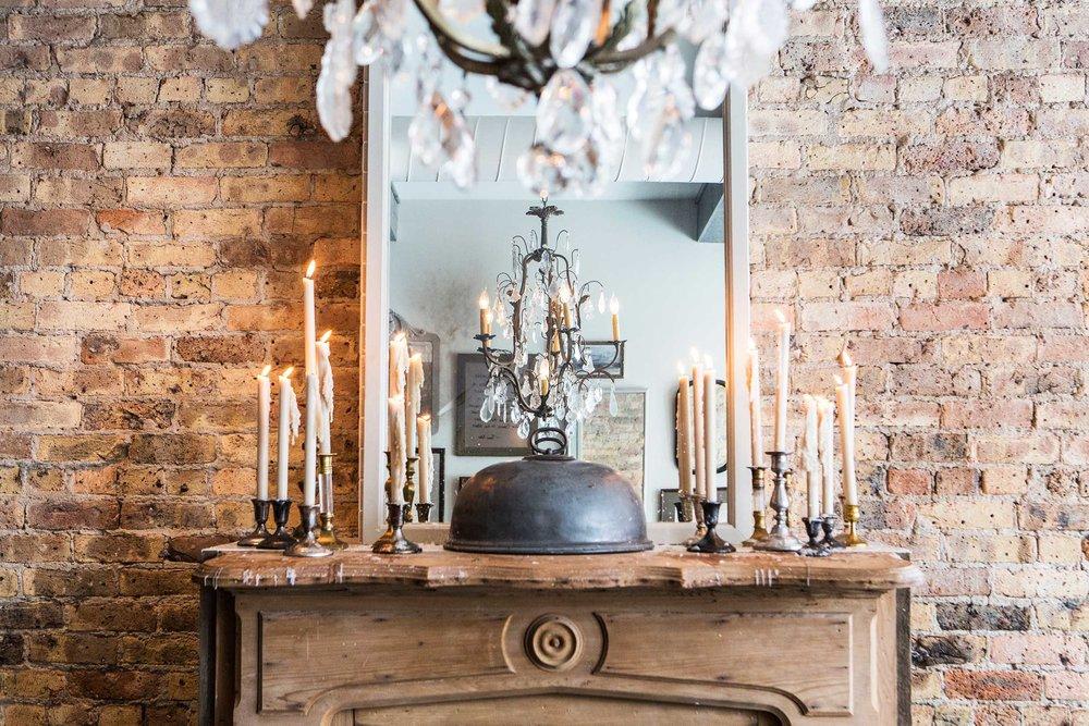 Leo_Designs_Chicago_interior_design_white_oak_tavern10.jpg