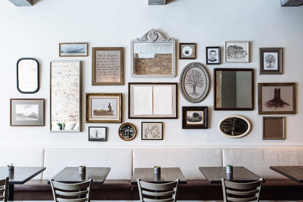 Leo_Designs_Chicago_interior_design_white_oak_tavern12.jpg