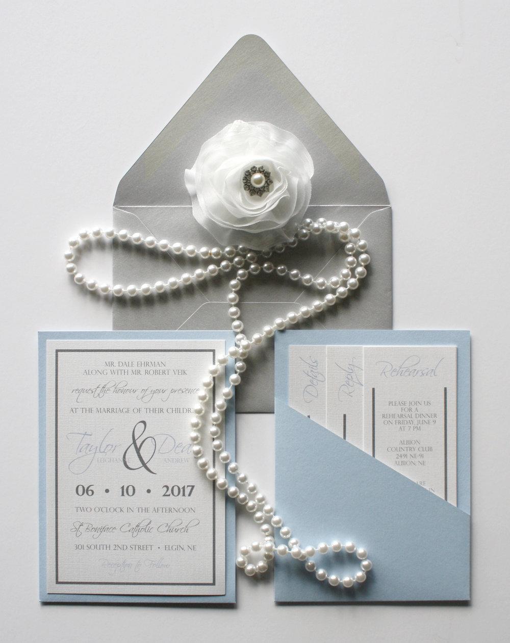 invite modern blue silver1.jpg
