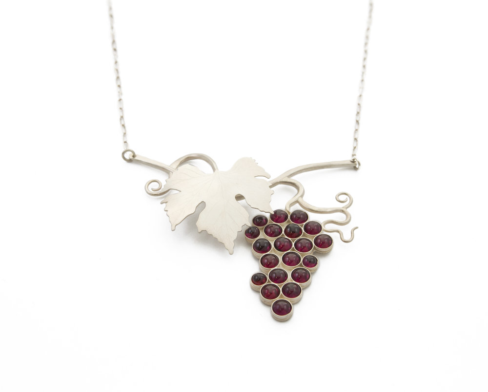 Maria Wolff   Red Wine  Sterling silver, garnet