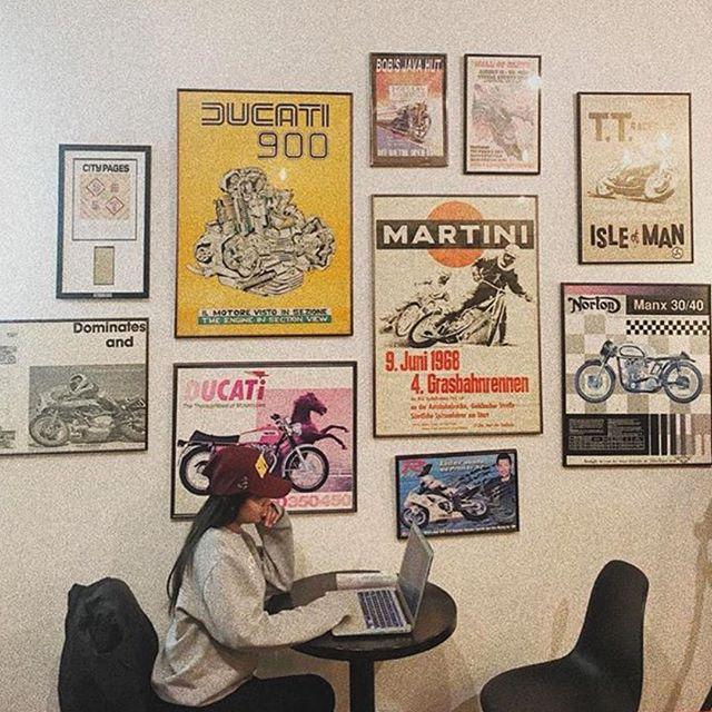 #bobsjavahut #uptowncoffee #mplscoffeeshops #artwall #motorcycleart #coffeebreak #coffeelover