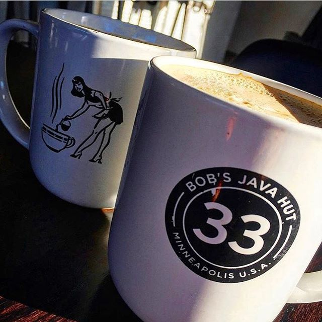 @midwest_coffee sipping some tasty au laits. #bobsjavahut #bobsregulars #coffeemaid #33 #coffeeadict #coffeelover #uptowncoffee #mplscoffee