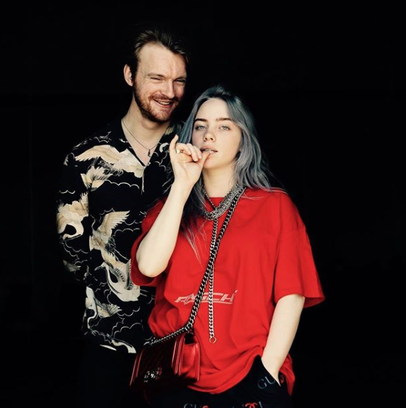 FINNEAS and Billie (pic: @salvadorochoa)