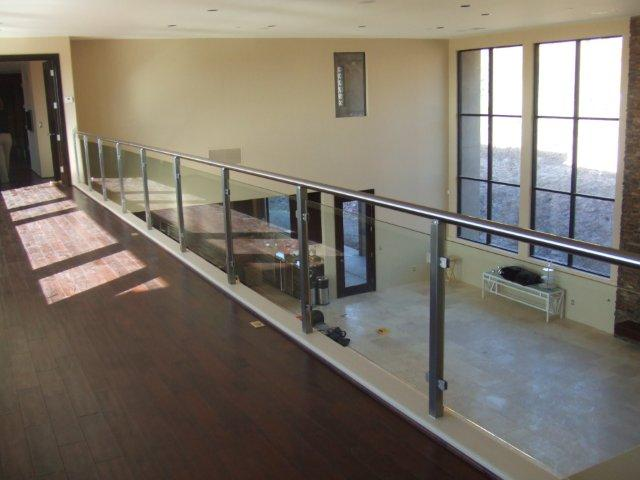 CONTEMPORARY STEEL RAILING 8