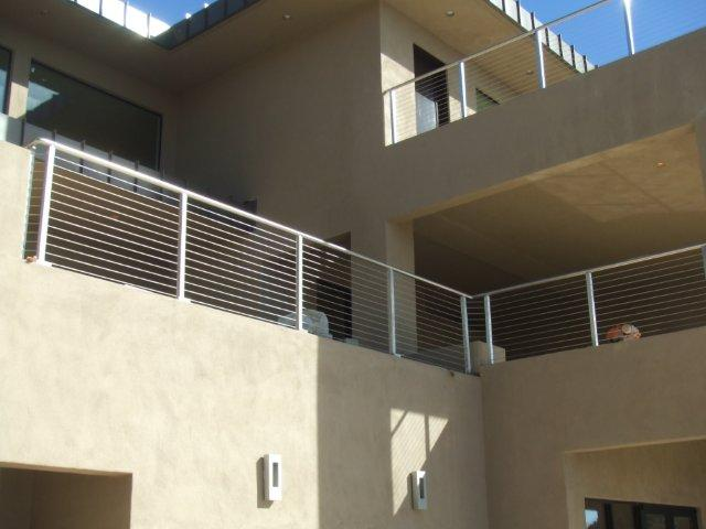 CONTEMPORARY STEEL RAILING 10