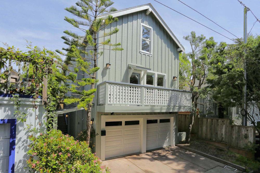 Beach Haven at Seabright Santa Cruz vacation rental home.