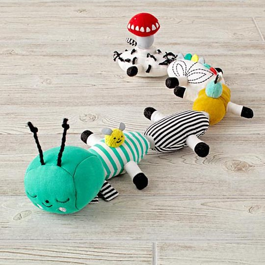 suzyu_1616575_InteractivePlushCaterpillar_ProductShot1.jpg