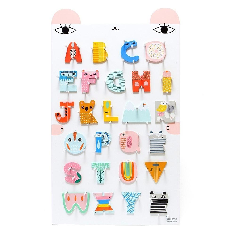 Toys&Play_A-Zwoodenlettersboard.jpg