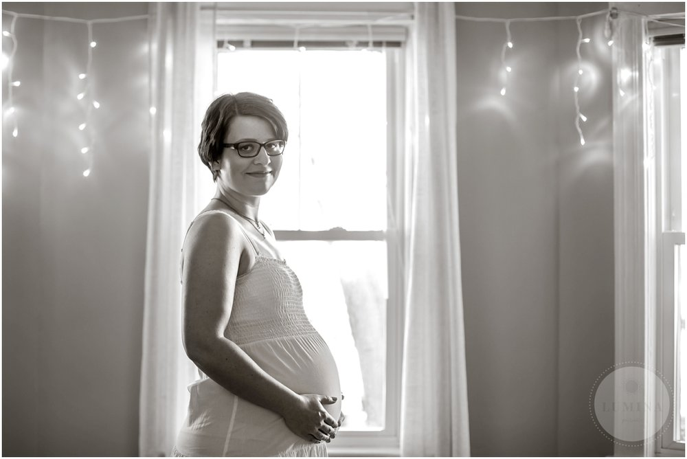 New Hampshire Maternity Portraits_009.jpg