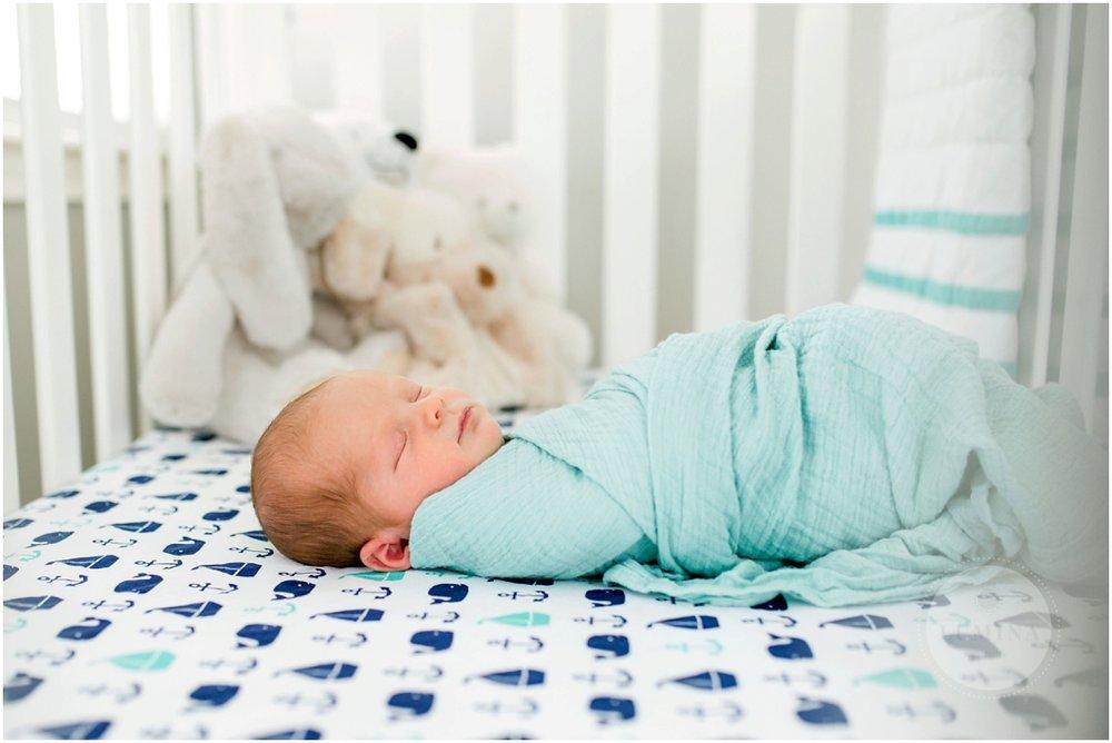 Bedford New Hampshire Newborn Photographer_042.jpg