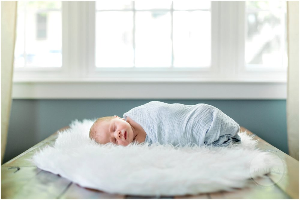 Amherst New Hampshire Newborn Photographer_001.jpg