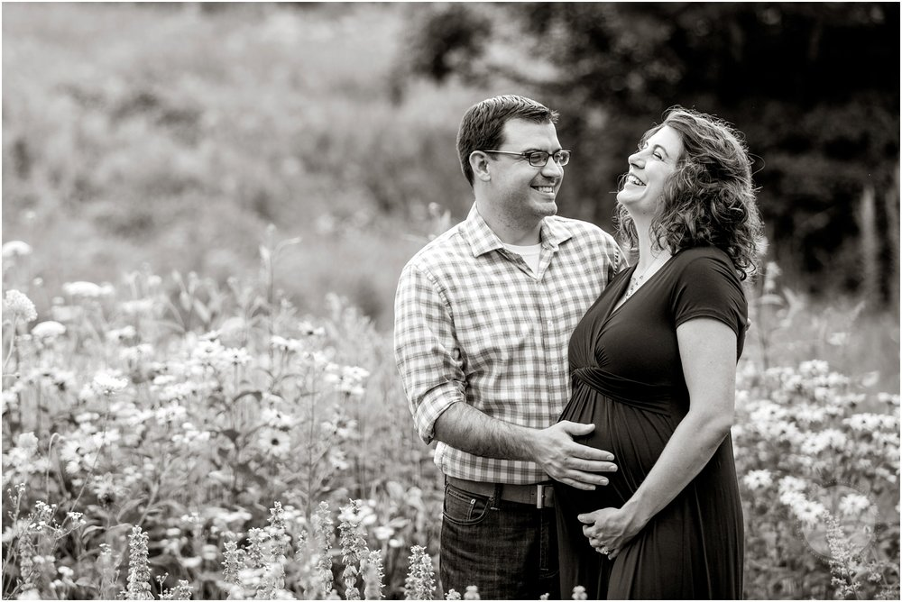 Hollis New Hampshire Maternity Potrtraits_009.jpg