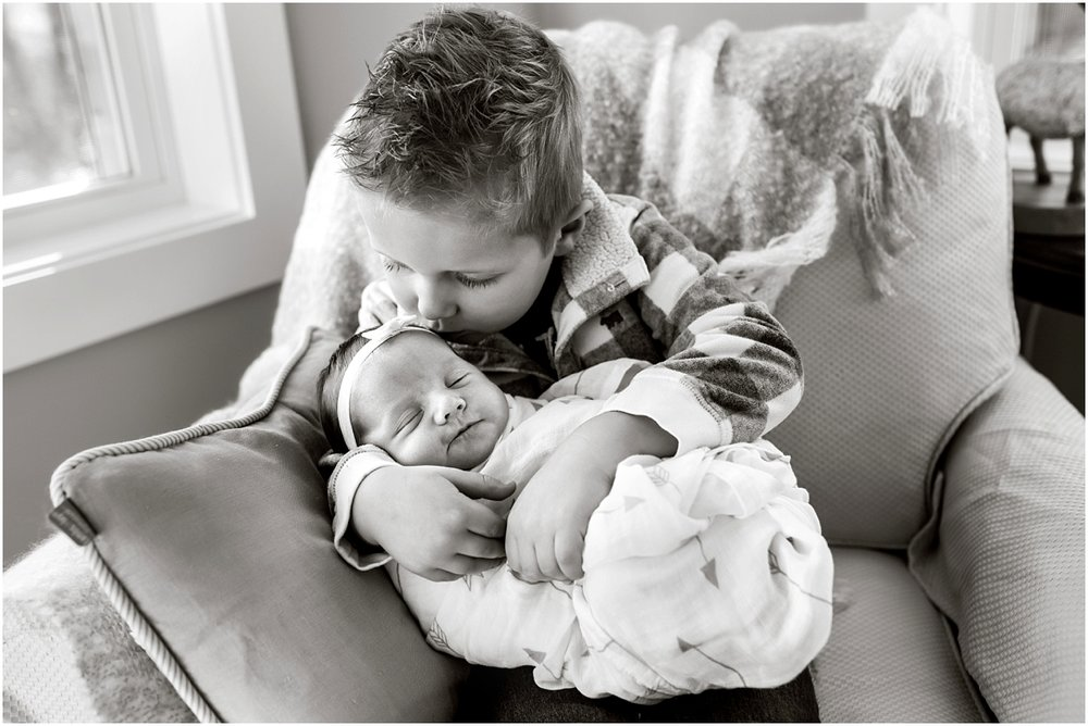 Hollis New Hampshire Newborn Photographer_004.jpg