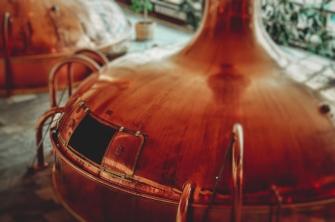 Copper still for making liquor and vodka in startup distillery