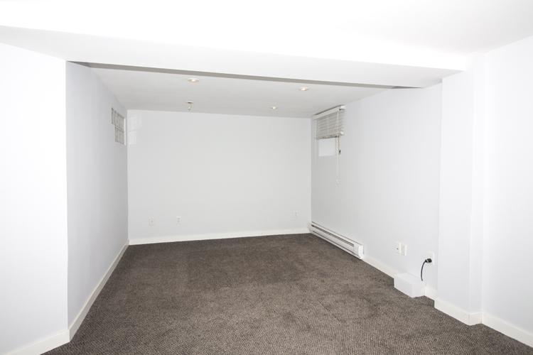 109Clarke_Bedroom2.jpg