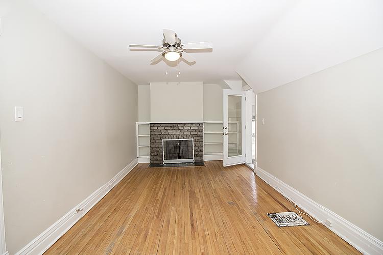 378 Stradbrook_Livingroom_v3.jpg