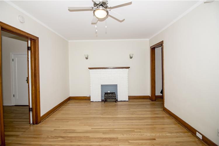 Unit10_1BDR_Livingroom_Pic2.jpg
