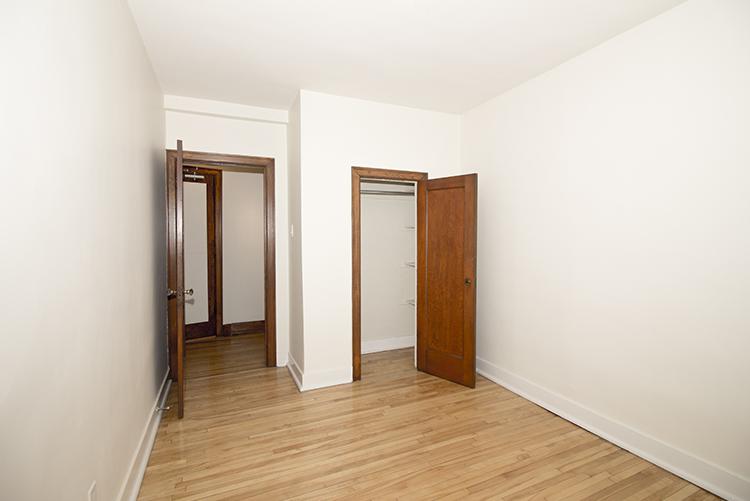 Unit25_2BDR_Bedroom_Pic2.jpg