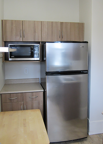 980_Wolseley_AptSuite12_Kitchen1.jpg