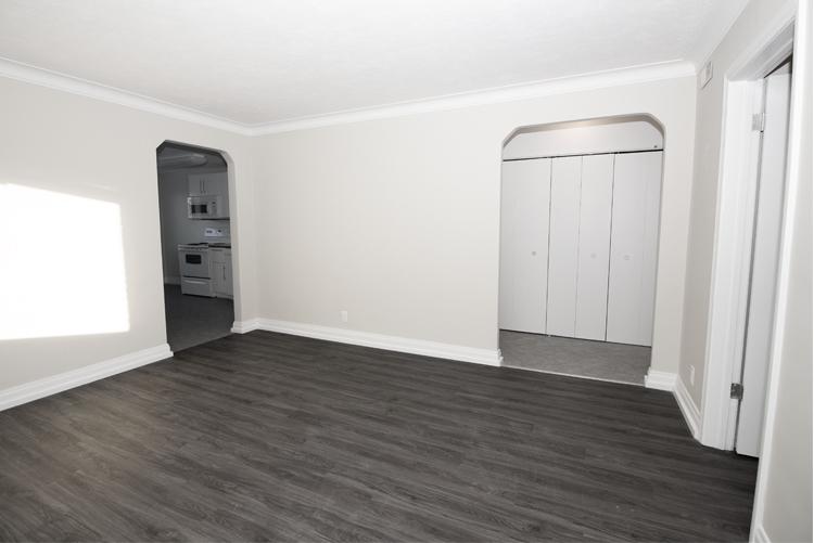 Livingroom View 1.jpg