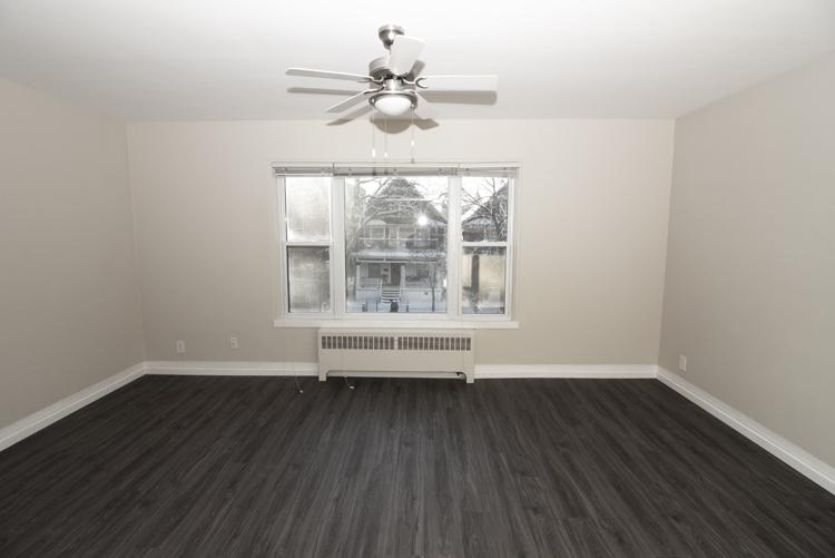 579 Broadway Avenue - Livingroom Pic 2 - Suite 15.jpg