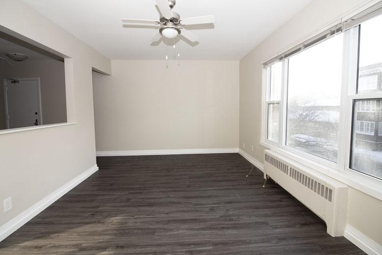 579 Broadway Avenue - Livingroom Pic 3 - Suite 15.jpg