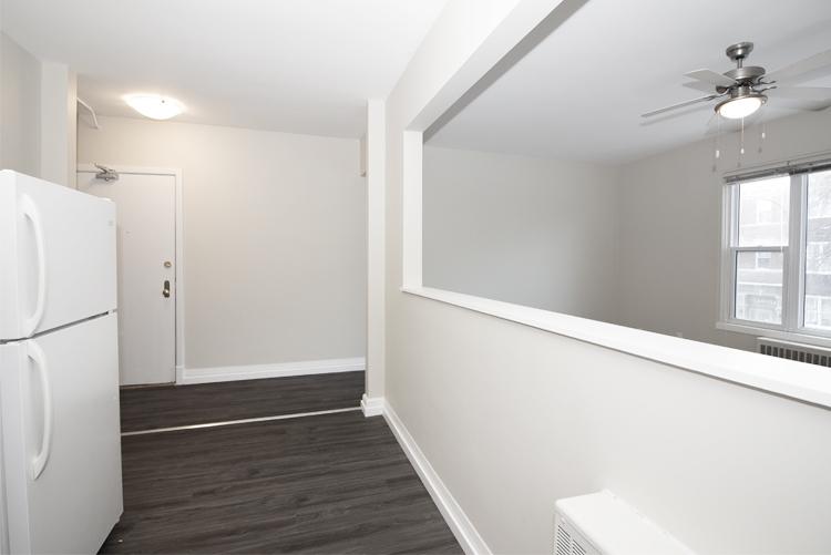 579 Broadway Avenue - Entrance Area - Suite 15.jpg