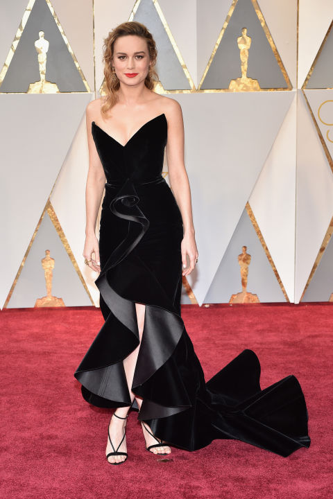 Brie Larson in Oscar de la Renta. Photo courtesy of harpersbazaar.com.