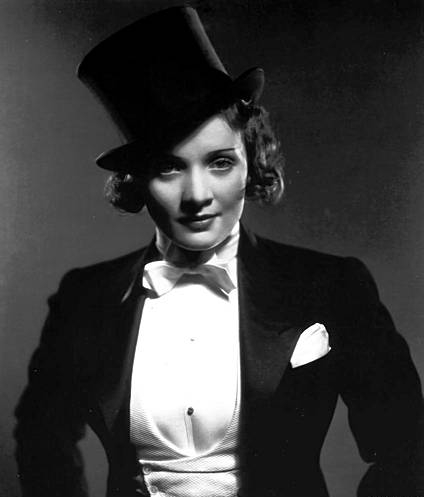 Morocco provided Dietrich's staple: tuxedo with tophat. Image courtesy of glamamor.com.