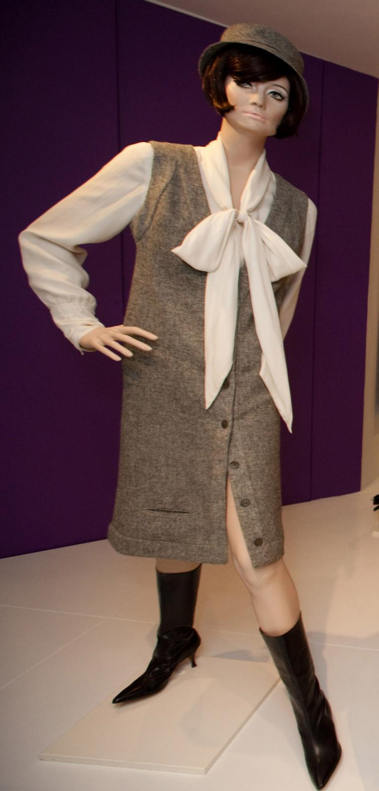 Dress of the Year - 1963.  Photo courtesy of fashionmuseum.co.uk.
