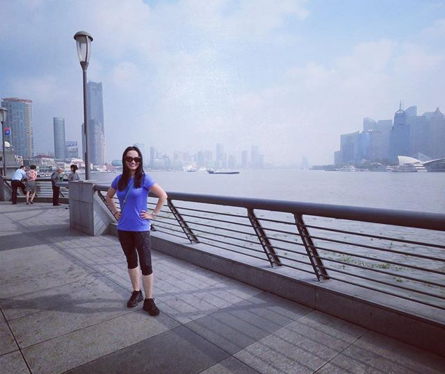 I always choose the best hotels for my guests. #Hyatt on the #bund is the tallest building behind me. It has the best view of the #huangpuriver 🇨🇳🙌 . . Join us: #china #OptometryCE  program Dates: July 14 - 22, 2018 Speaker: Dr. Melissa Barnett CE Program Host: Dr. Bridgitte Shen Lee www.iTravelCE.com/registration . . #iTravelCE #optometry #optometrist #ODlife #luxurytravel #instaxian #wanderlust #drd47r #summervacation #docsonvacation
