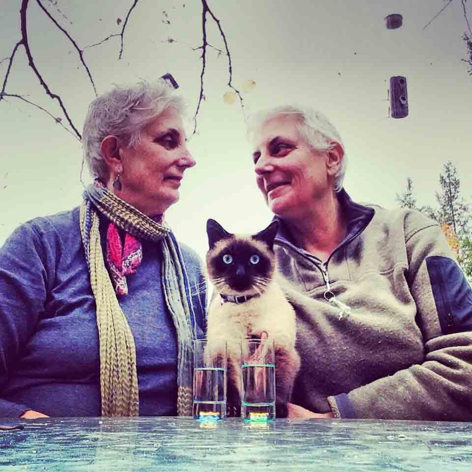 TWINS- Sue & Carol (& Jazpur)