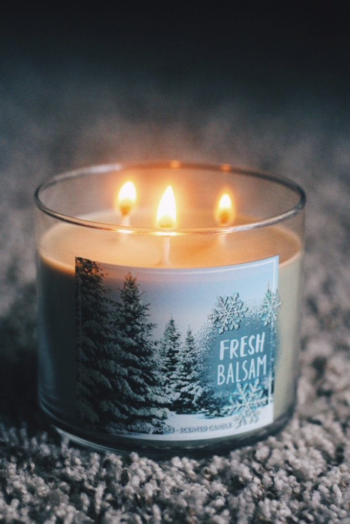 2. Fresh Balsam - Fresh balsam is one of the store's most reliable candles, if you ask me. I've never been to a Christmas tree farm, but I know what it smells like thanks to this beauty. It's crafted with pine, cedarwood and eucalyptus essential oils. YUM.Retails for $24.50, currently on sale for $12.50