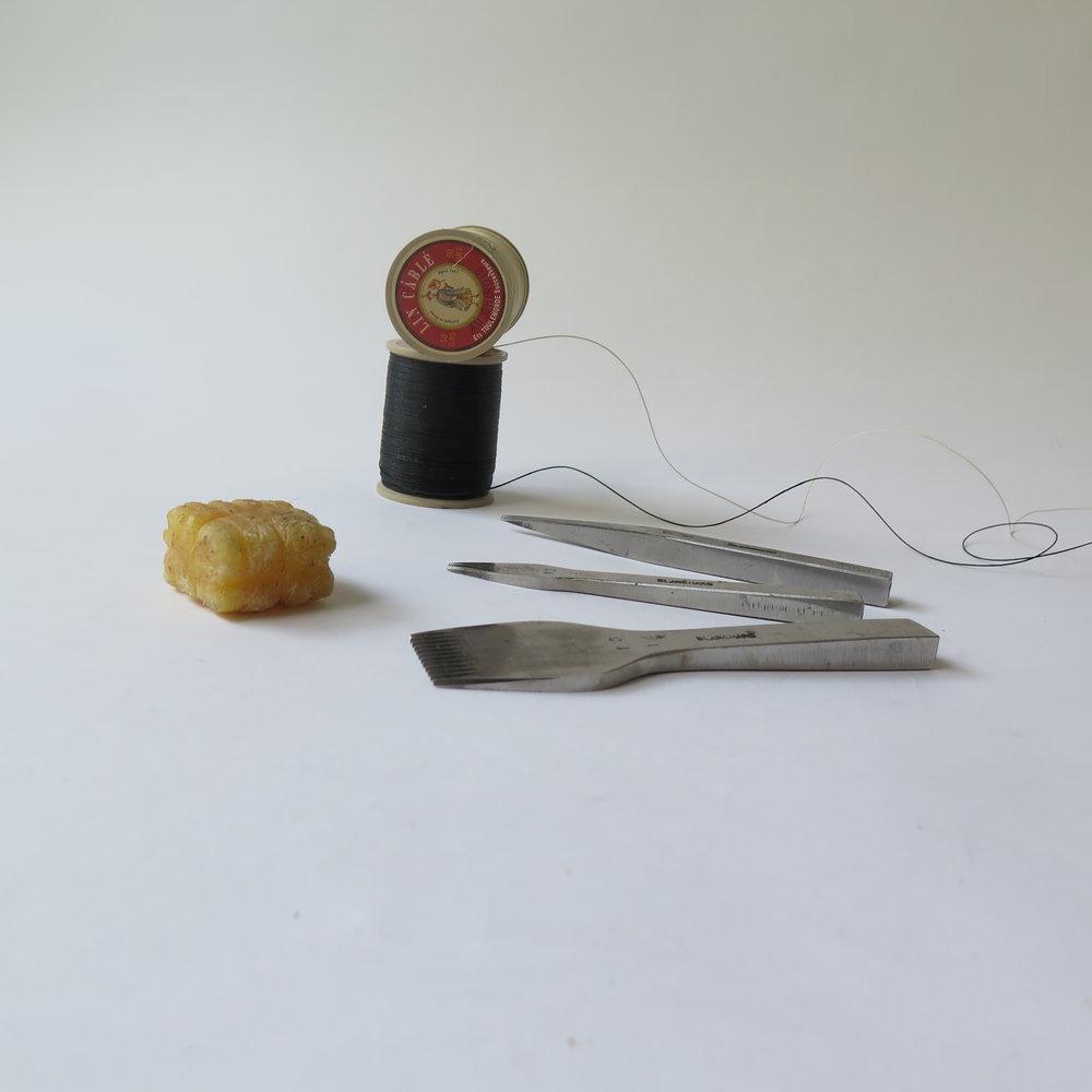 Vergez-Blanchard-Lin-cable-bees-wax.JPG