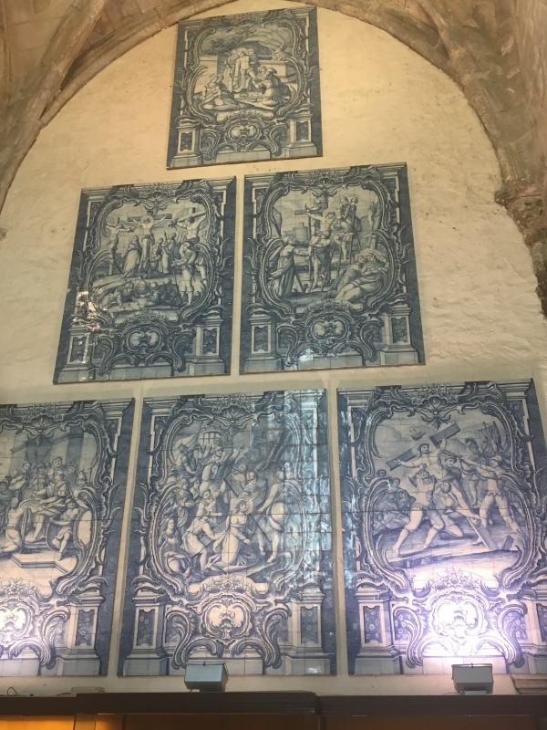 Azulejos in Convento do Carmo
