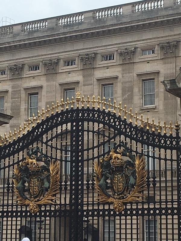 Gates of Buckingham Palace