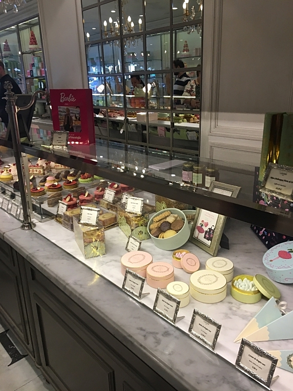 The Countertop of Ladurée