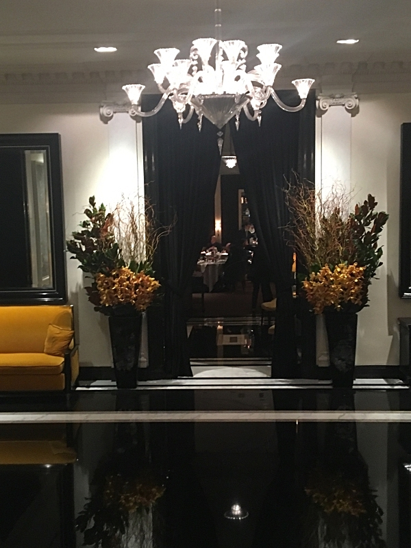 Entrance to the Carlyle Restaurant