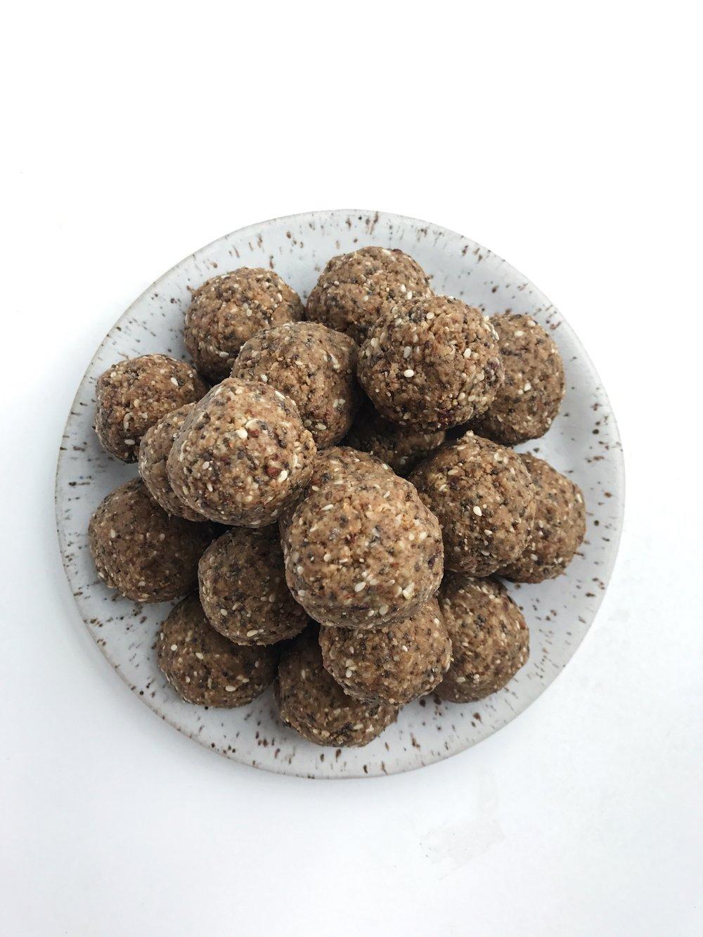 nut free fat balls 3.JPG