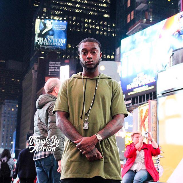 #TimesSquare 🌃 #NYC 📸 @visualsbyadrian