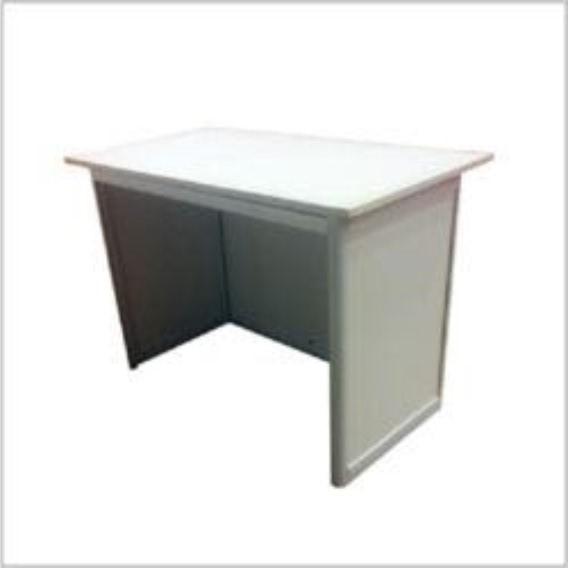 Octonorm Table 1m x 0.5 x 0.75m Rs. 850/- (ऑक्टोनॉम टेबल) १ मि.X ०.५ X ०. ७५मि. रु. ८५०/-