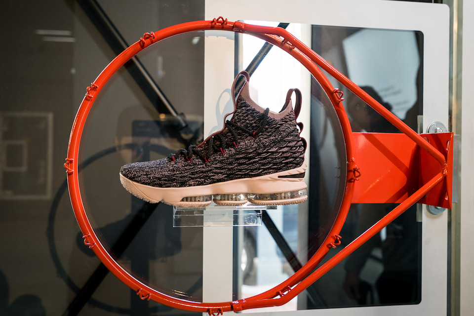 Nike Lebron Cleveland Lifestyle.jpg