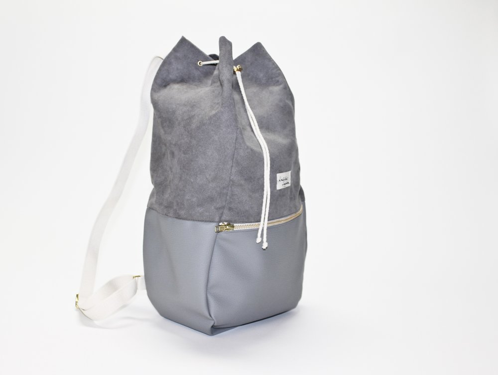 KALIBER FASHION   RUCKSACK,  LOVE & SOUL, GREY  €98