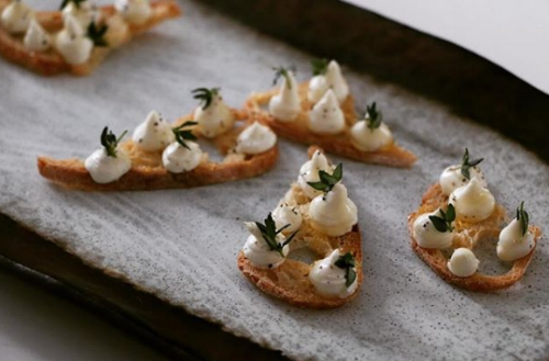 goats cheese crostini Wedding Party Canapé