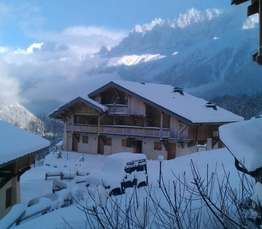 ski-in ski-out Les Houches Chalet