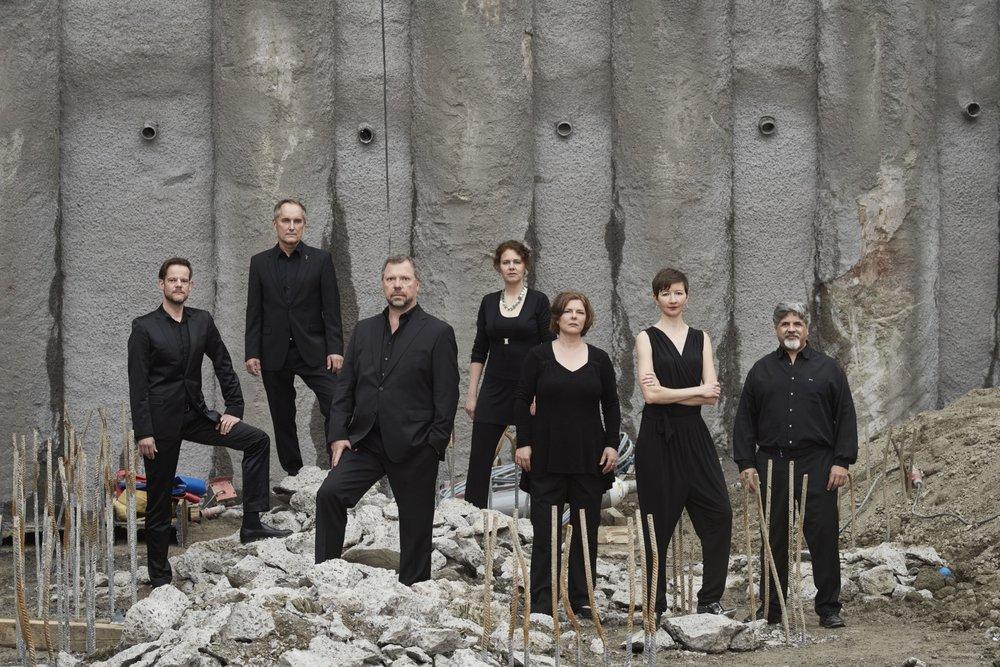Neue Vocalsolisten Stuttgart _ Photo: Martin Siegmund