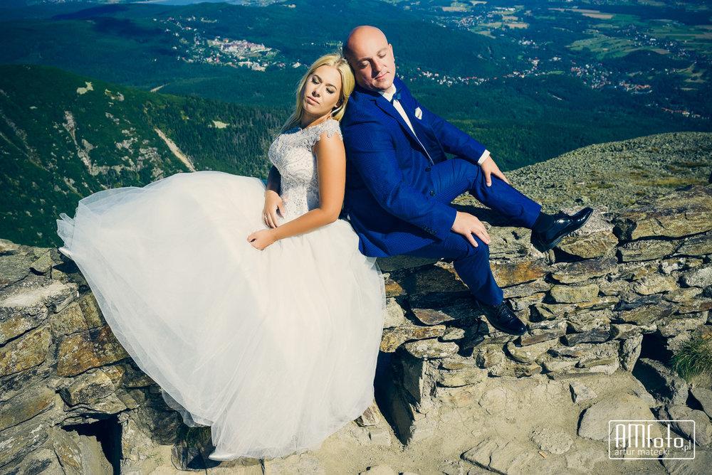 0188_Maja&Sebastian_sesja_poslubna_plener_sniezka_karpacz_czechy_pec____www-amfoto-pl__AMF_6897.jpg