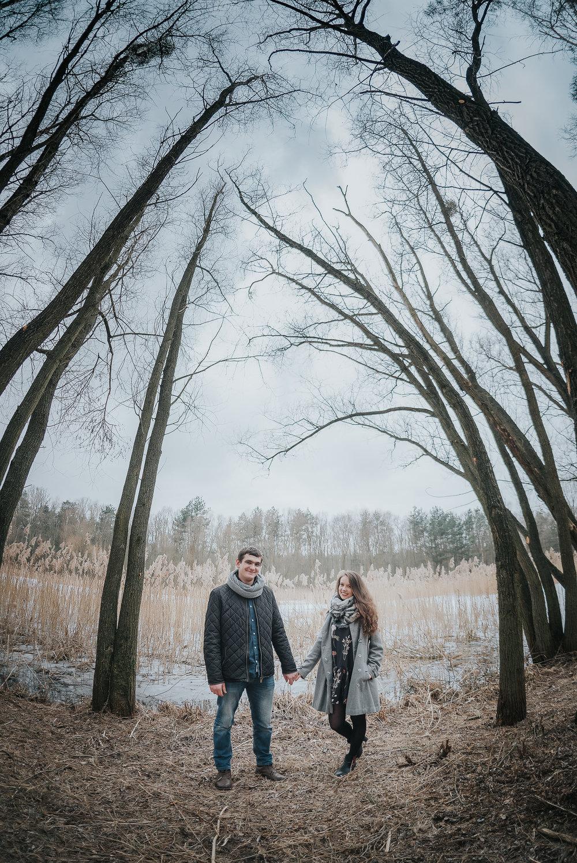 0093_Anna&Lukasz_sesja _narzeczenska_ostrow_wlkp_piaski_las_jezioro_______fotografia_slubna_www_amfoto_pl_DSC_6780.jpg
