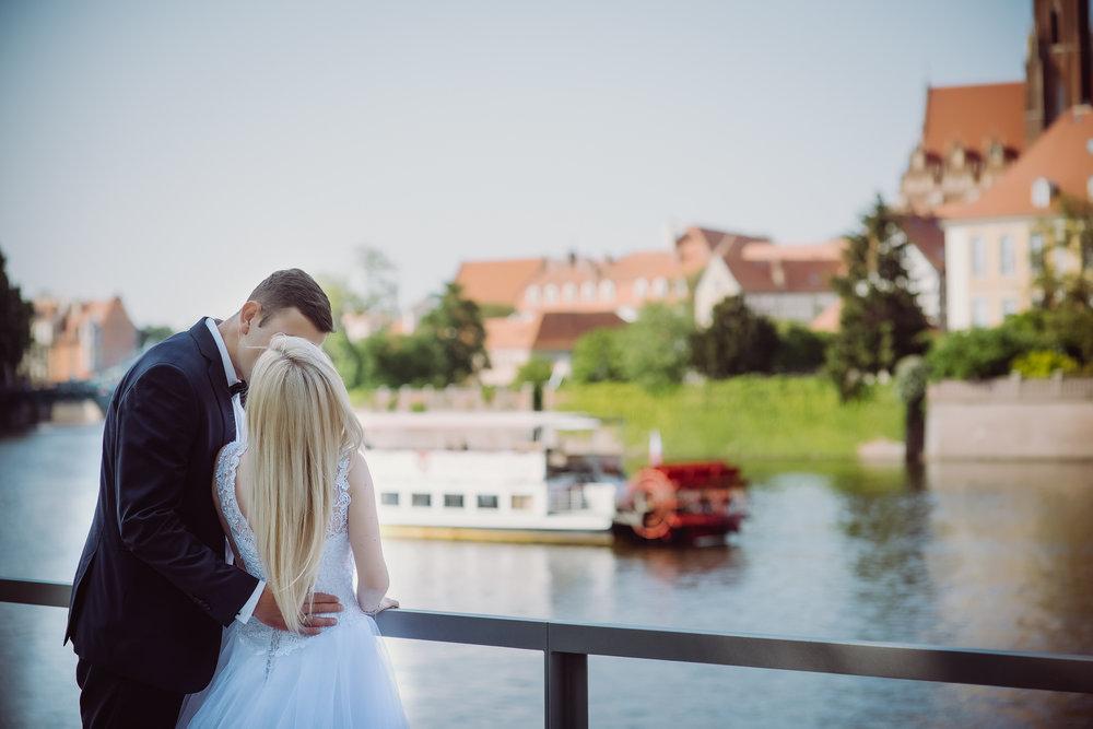 0348_Paulina&Bartosz_sesja_poslubna_wroclaw_plener_slubny___fotografia_slubna_www_amfoto_pl_AMF_2301.jpg