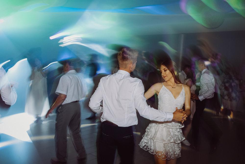 0620_18_Maciej________fotoreportaz_z_osiemnastych_urodzin_fotografia_eventowa_okolicznosciowa_www_amfoto_pl_AMF_4603.jpg